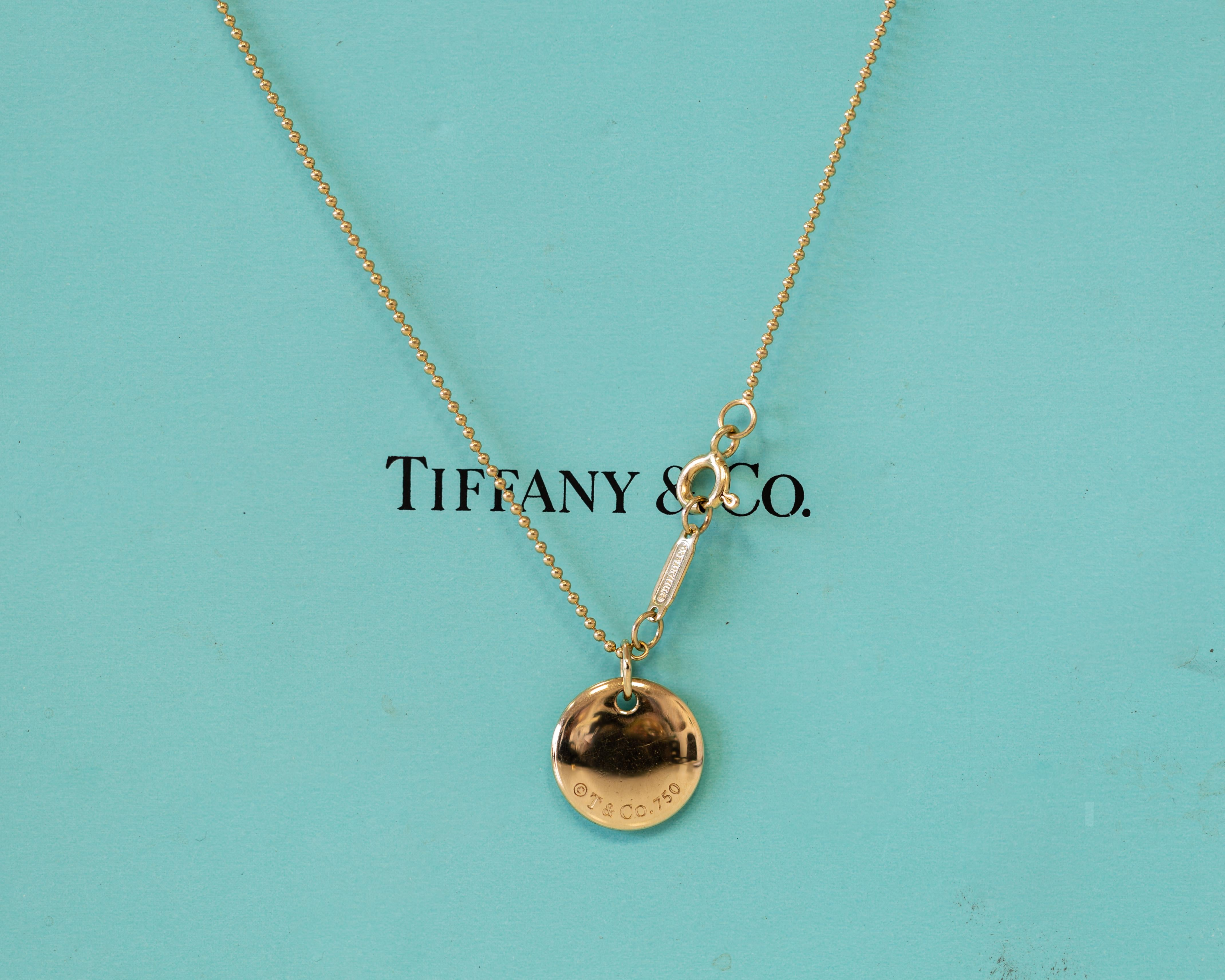 e353365b1 18 Karat Yellow Gold Tiffany and Co. Necklace with Round Letter