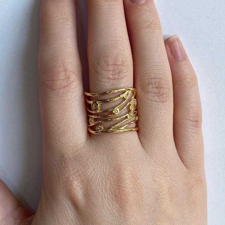 18 Karat Yellow Gold Wide Gustav Klimt Inspired Band In New Condition For Sale In Greenville, SC