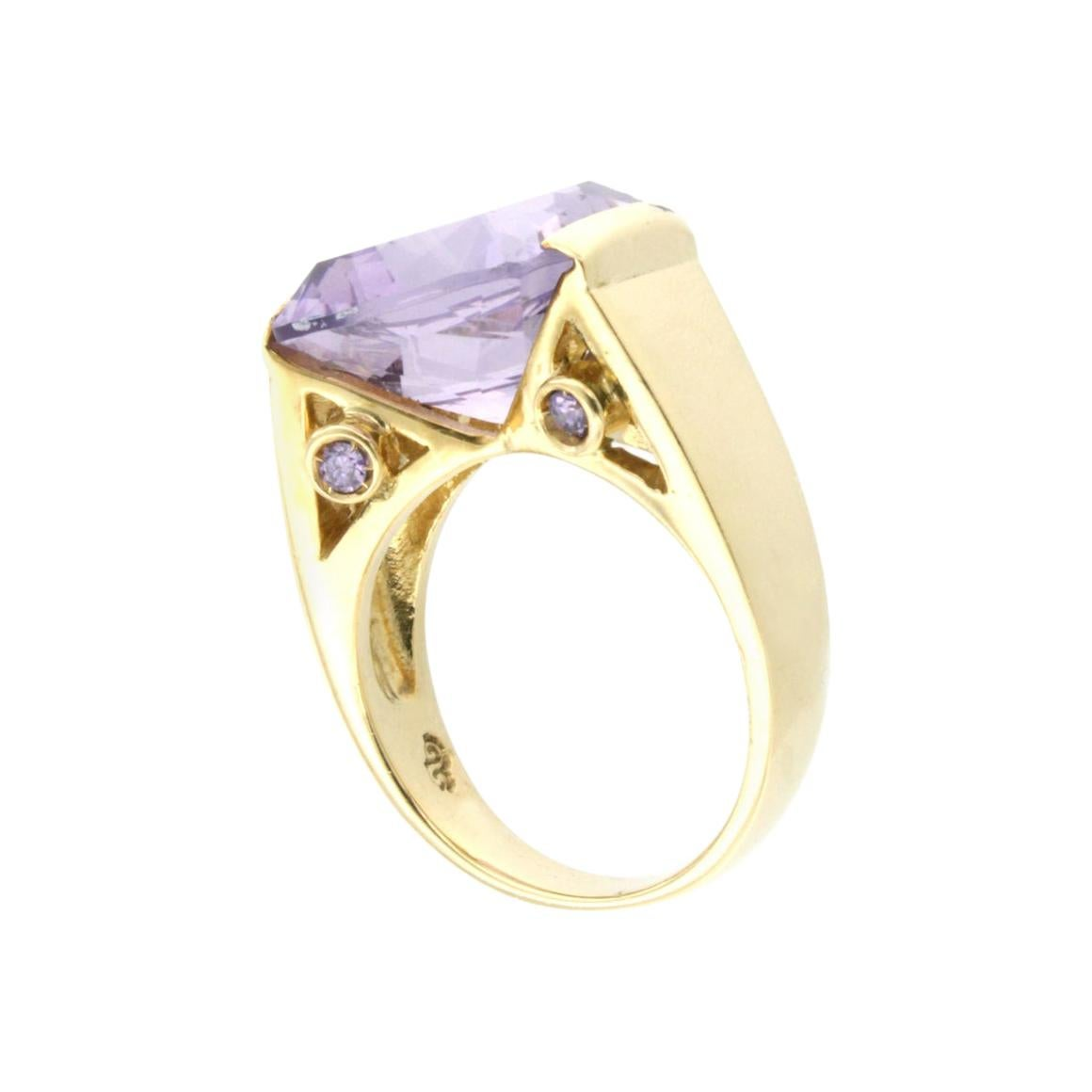 18k Yellow Gold With Amethyst Ring