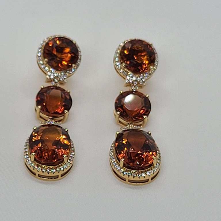Round Cut 18 Karat Gold with Fire Royal Citrine and Diamonds Drop Dangle Earrings, One For Sale