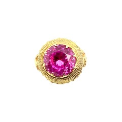 18kt Gold 16.60 Carat Synthetic Pink Sapphire Ring