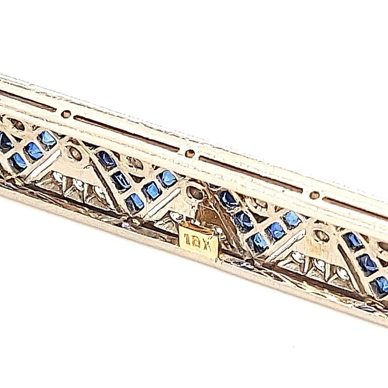 18 Karat Gold Large Brooch with Zig Zag Sapphires and Diamonds For Sale 6