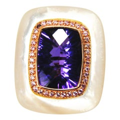 18kt Gold, Amethyst and Mother of Pearl Ring with Frame of 0.20 Carat Diamonds