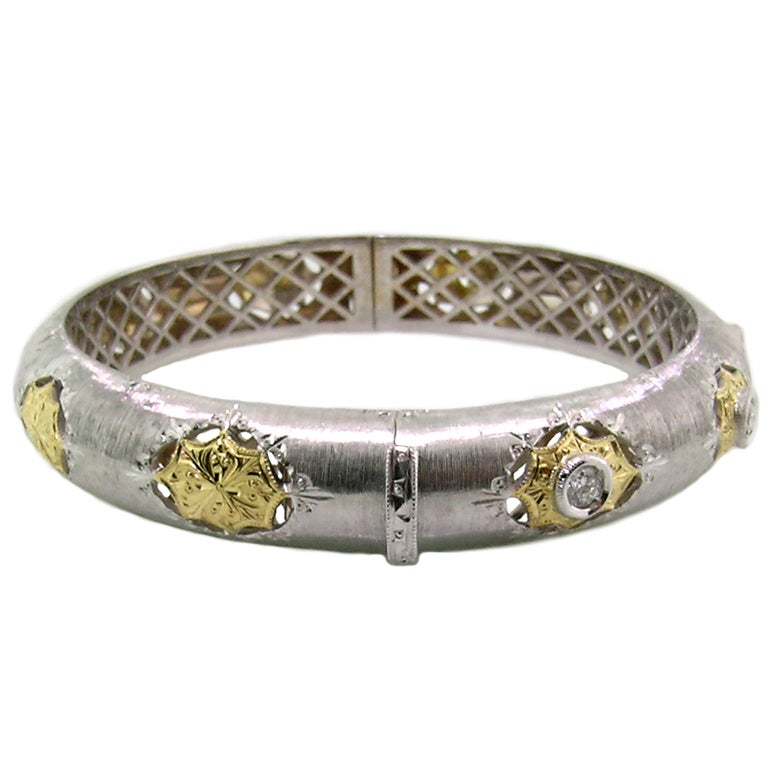18kt Gold and Diamond Florentine Engraved Bangle, Handmade in Italy In New Condition For Sale In Logan, UT