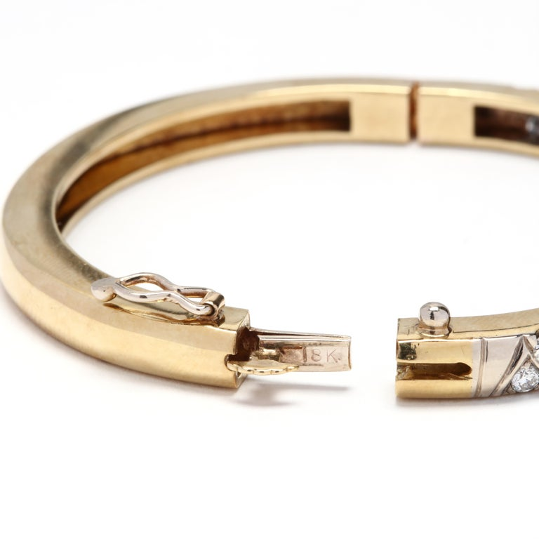 Women's or Men's 18 Karat Gold and Diamond Bangle For Sale