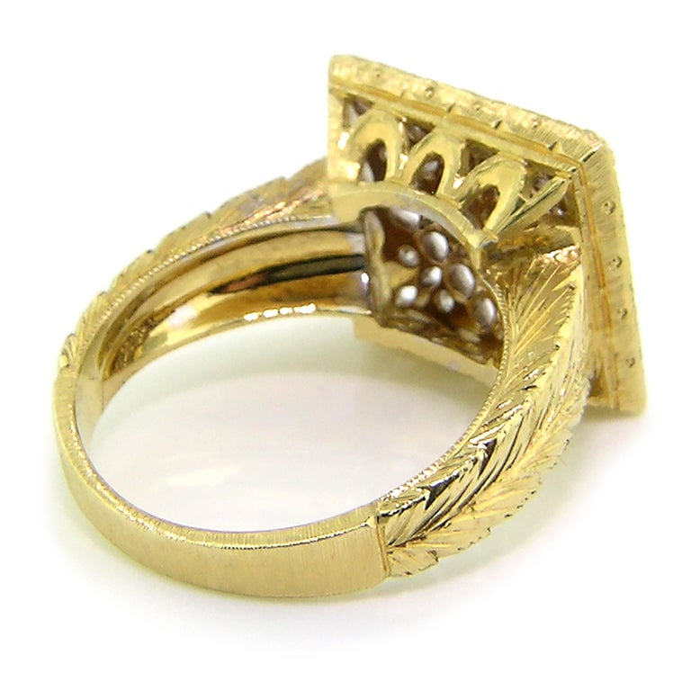 Round Cut 18kt Gold Lace and Diamond Hand Engraved Ring, Handmade in Florence, Italy For Sale