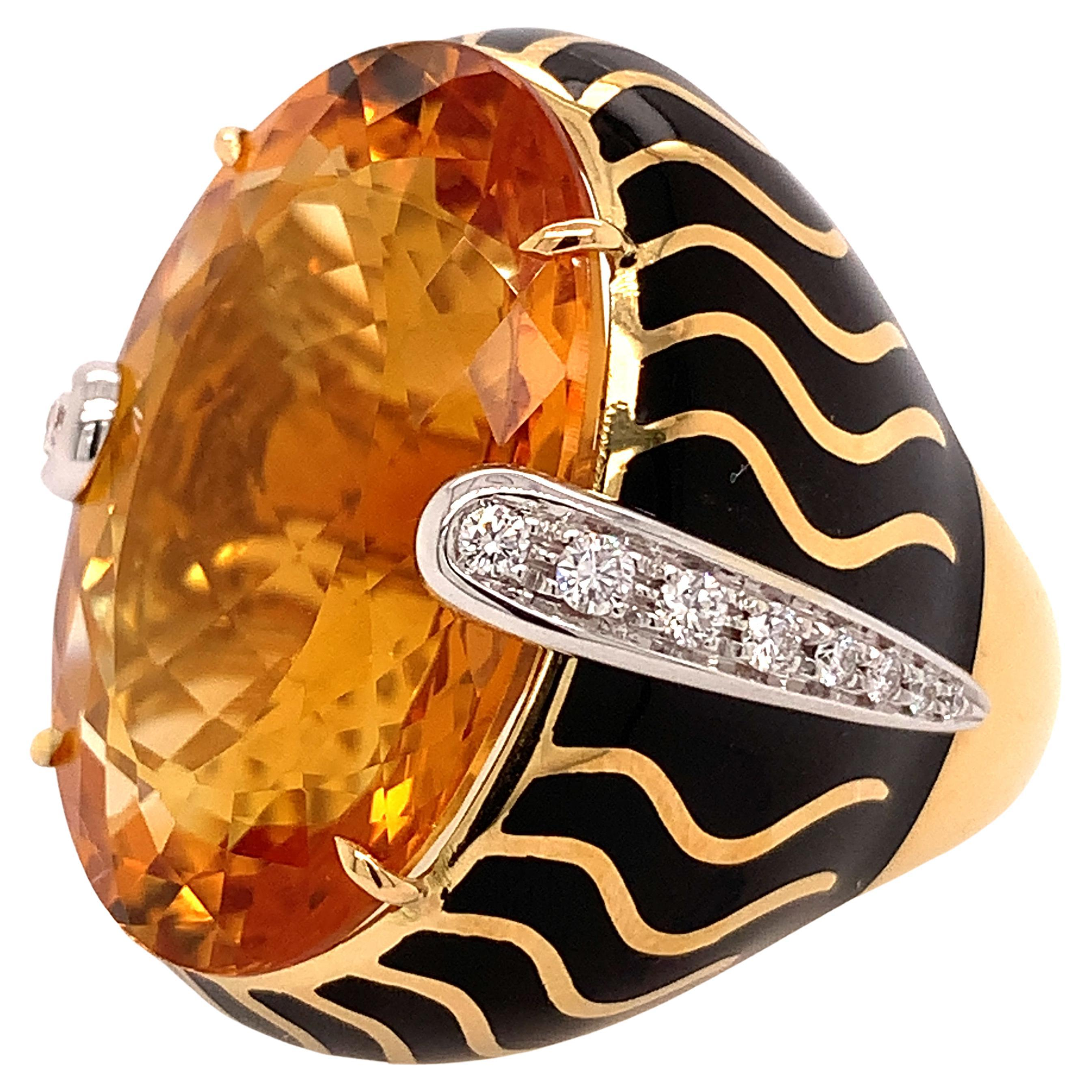 18kt Gold One of a Kind Ring with 29.15 Ct Citrine and Diamonds, Animalier Look