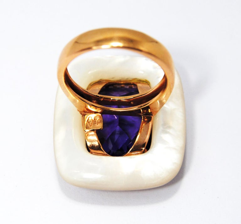 Contemporary 18kt Gold, Amethyst and Mother of Pearl Ring with Frame of 0.20 Carat Diamonds