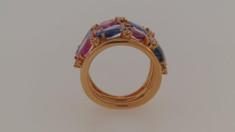 18 Karat Rose Gold Blue and Pink Sapphire Ring with Diamonds For Sale 1