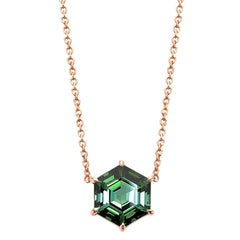 18 Karat Rose Gold Hexagonal Green Tourmaline 3.15 Carat Pendant Necklace