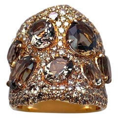 18 Karat Gold Ring with 3.51 Carat Brown Diamonds & 5.83Ct. Oval Smokey Quartz