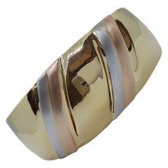 18kt Tri-Color Gold Hinged Bracelet, Designer Stamp, 29,3 Grams