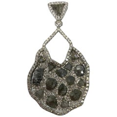 18Kt White Gold 13.86 grams with 17 Color flat Diamond and White Dia Pendant