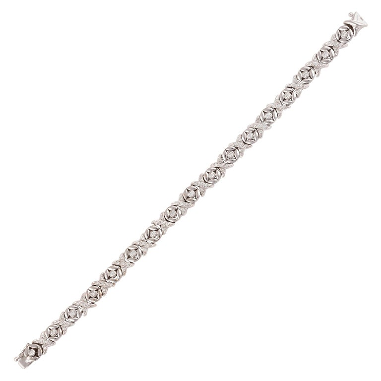 18 Karat White Gold and Diamond Bracelet For Sale
