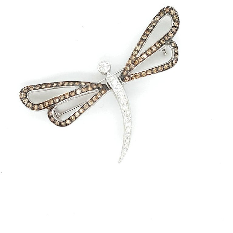 18 Karat White Gold Butterfly Brooch with White and Cognac Diamonds For Sale 5
