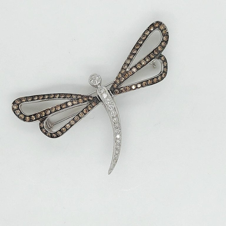 18 Karat White Gold Butterfly Brooch with White and Cognac Diamonds For Sale 6