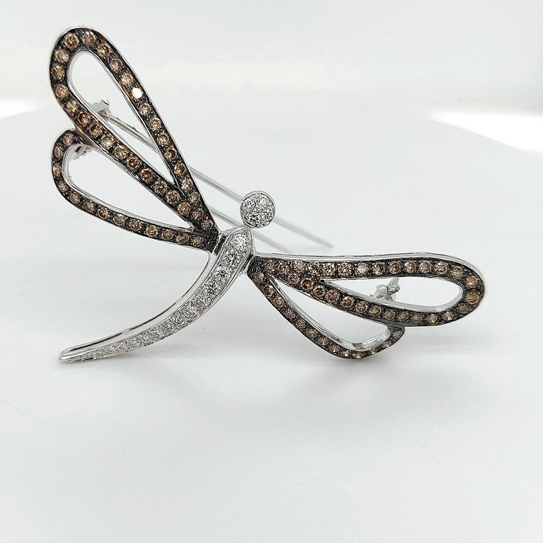 Round Cut 18 Karat White Gold Butterfly Brooch with White and Cognac Diamonds For Sale