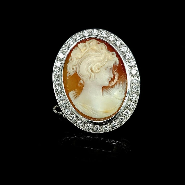 18 Karat White Gold French Victorian Style Cameo Brooch with Large Diamonds For Sale 4