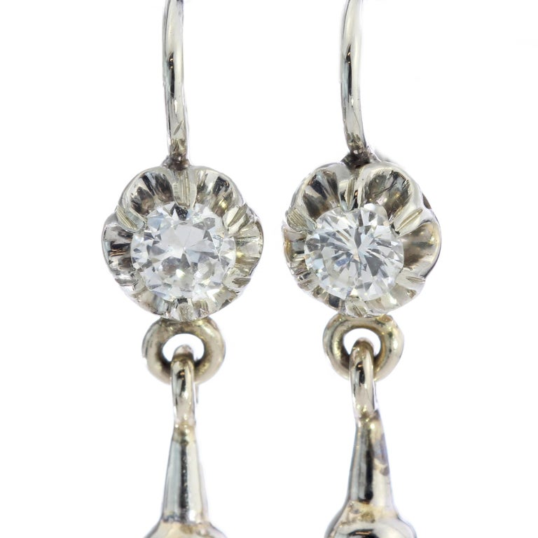 Round Cut 18kt White Gold Ladies Clip-On Earrings with Cultured Pearls and Diamonds For Sale