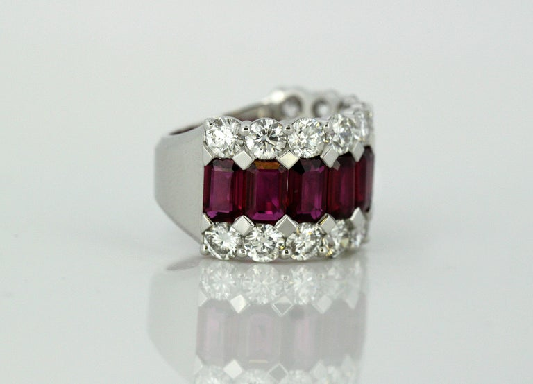 18 Karat Gold Ladies Half Eternity Ring with Natural Burmese Rubies and Diamonds For Sale 2