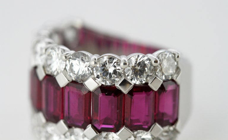 18 Karat Gold Ladies Half Eternity Ring with Natural Burmese Rubies and Diamonds For Sale 4