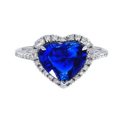 18kt White Gold Ring with Diamond and Heart Shaped Sapphire