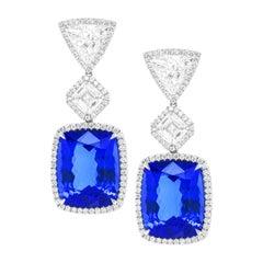 18kt White Gold Tanzanite and Diamonds Earrings