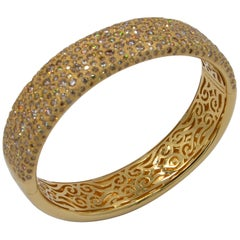18 Karat Gold 10 Carat Brown Diamonds Garavelli Hand-Hammered Bangle Bracelet
