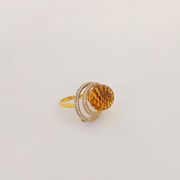 Modern 18 Karat Yellow Gold 15.97 Carat Citrine and Diamond Ring For Sale