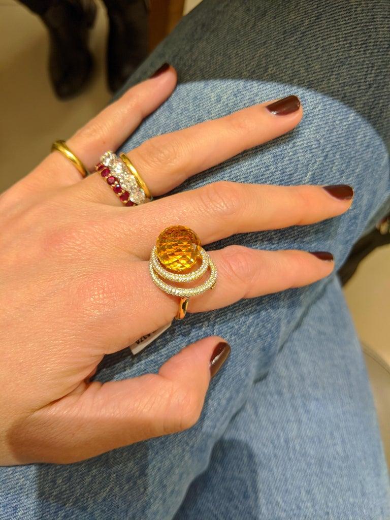 18 Karat Yellow Gold 15.97 Carat Citrine and Diamond Ring For Sale 1