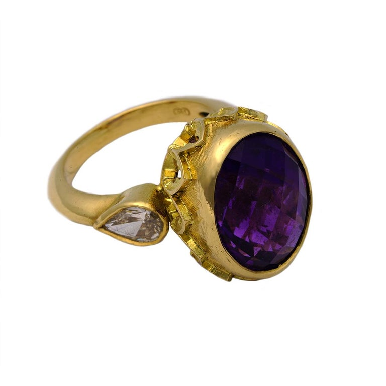 Gothic Revival Vivid Splendour Ring in 18 Karat Yellow Gold, Amethyst and Diamonds For Sale