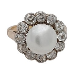 18kt Yellow Gold 4.35ct. Cultured Pearl Ring With Diamonds with ALGT Certificate