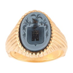 18kt Yellow Gold and Agate Signet Ring