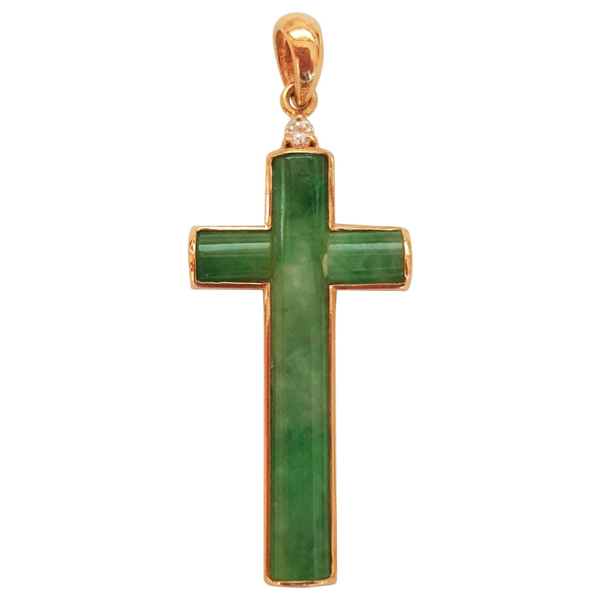 18kt Yellow Gold Green Jade Diamond Pendant, Vibrant Green