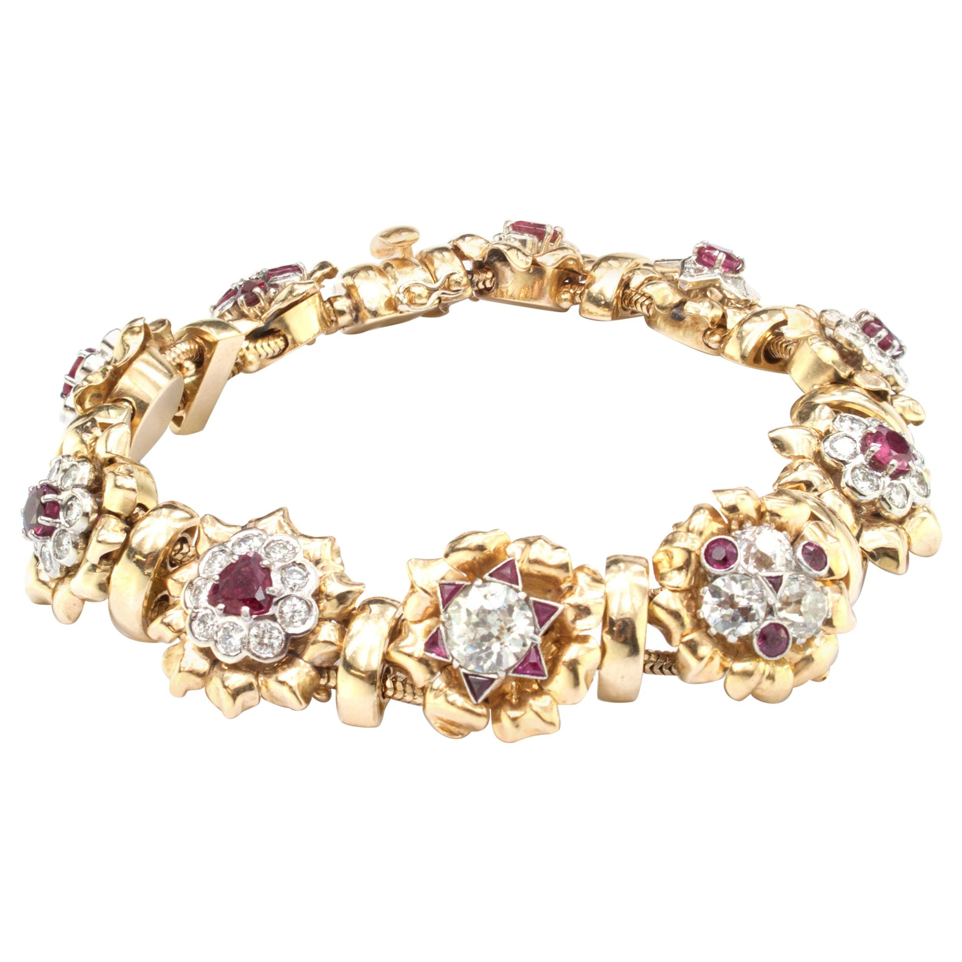 18kt Yellow Gold Ladies Bracelet with 7 Carat of Diamonds and 3 Carat of Rubies