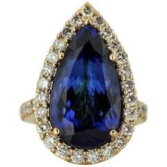 18 Karat Yellow Gold Ladies Ring with Natural Tanzanite of 12 Carats