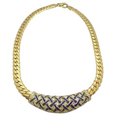 18 Karat Gold Necklace with Basket Weave Diamonds and Blue Sapphires Center