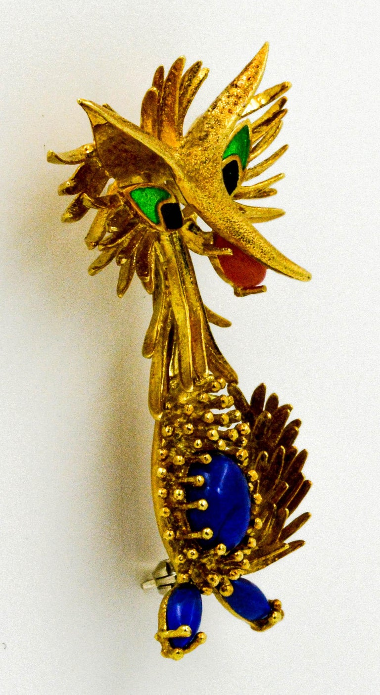 18 Karat Yellow Gold Retro Road Runner Pin In Excellent Condition For Sale In Dallas, TX