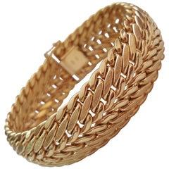 18kt Yellow Gold Weave Design Bracelet, 39.3 Grams, Texture/Polish Finish, Domed