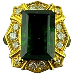 18 Karat Yellow Gold with a 7.50 Carat Green Tourmaline Center and Diamond Ring