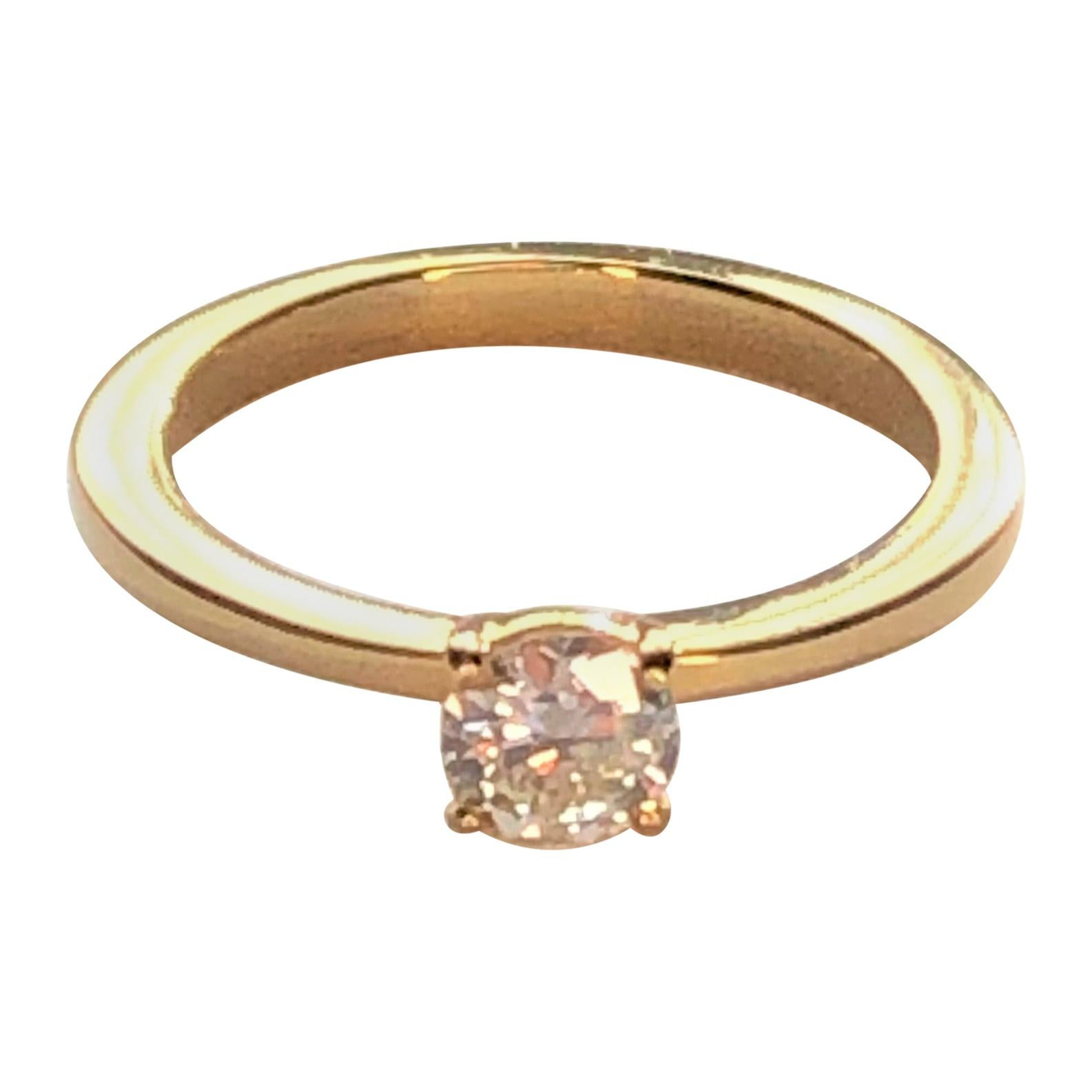 18ky Diamond Solitaire Ring