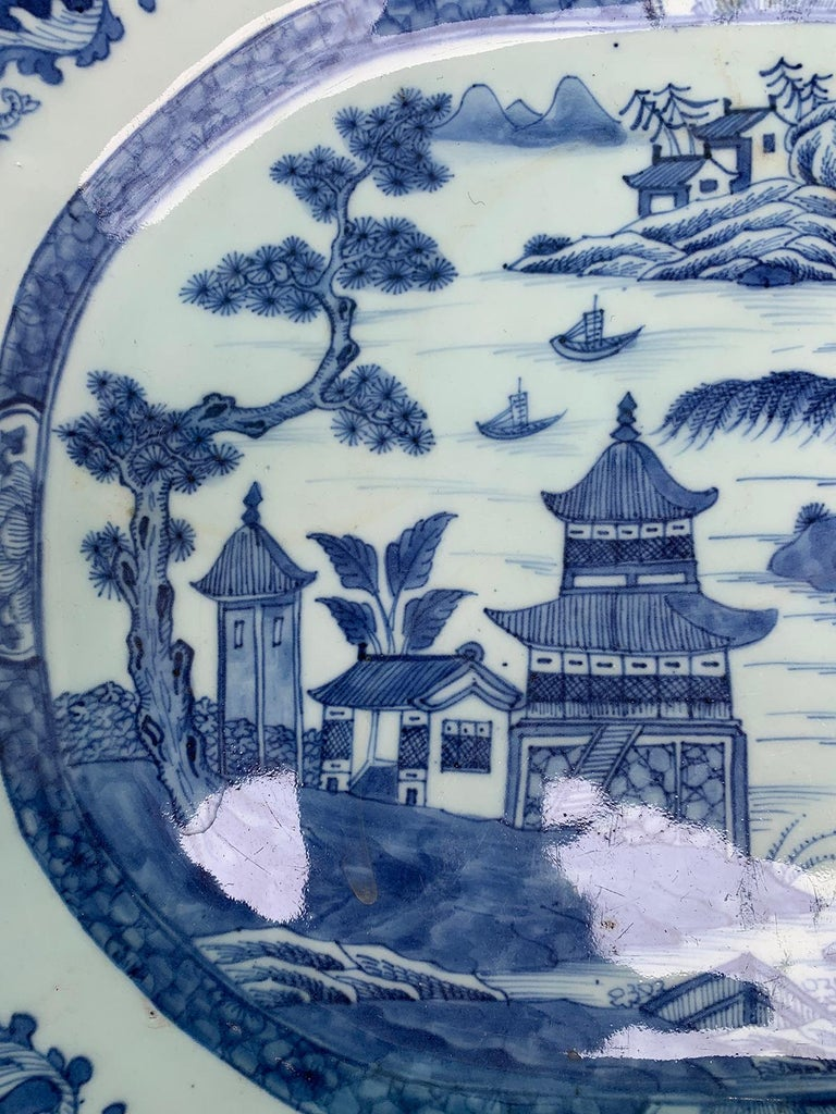 18th-19th Century Chinese Canton Blue and White Charger For Sale 2