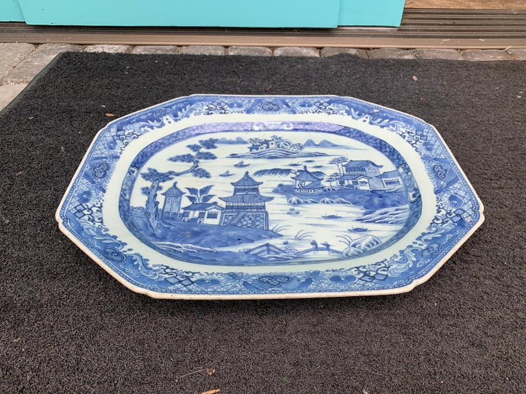 18th-19th Century Chinese Canton Blue and White Charger For Sale 3