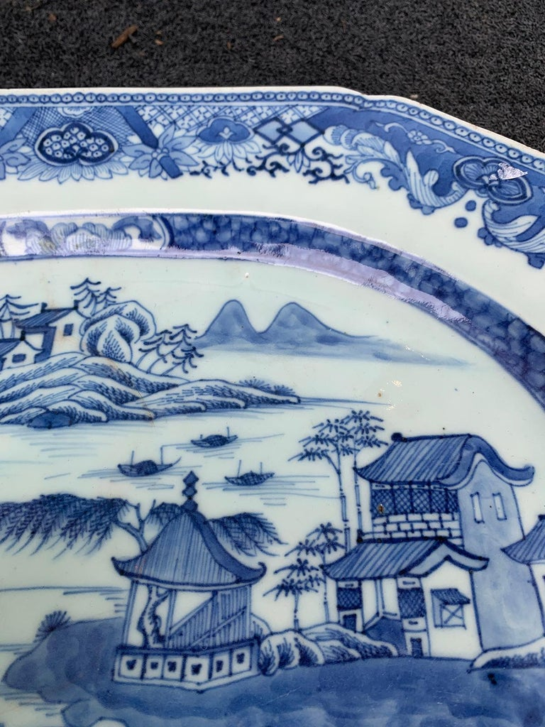 18th-19th Century Chinese Canton Blue and White Charger For Sale 4
