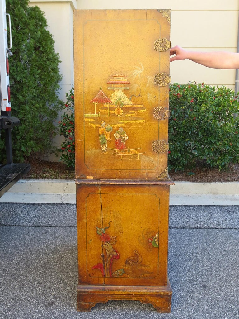 European 18th-19th Century Chinoiserie Cabinet For Sale