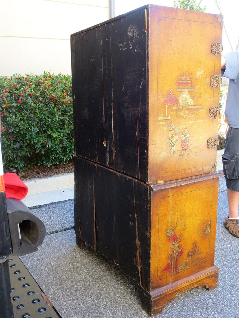 18th-19th Century Chinoiserie Cabinet In Good Condition For Sale In Atlanta, GA