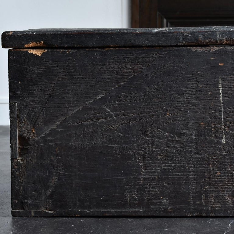 18th-19th Century Edo Period Japanese Wooden Box For Sale 3