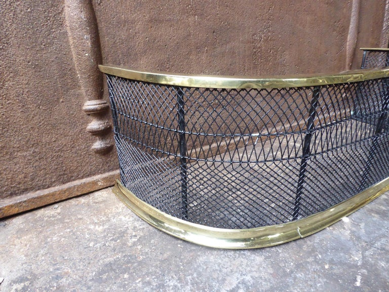 18th-19th Century English Georgian Fire Guard In Good Condition For Sale In Amerongen, NL