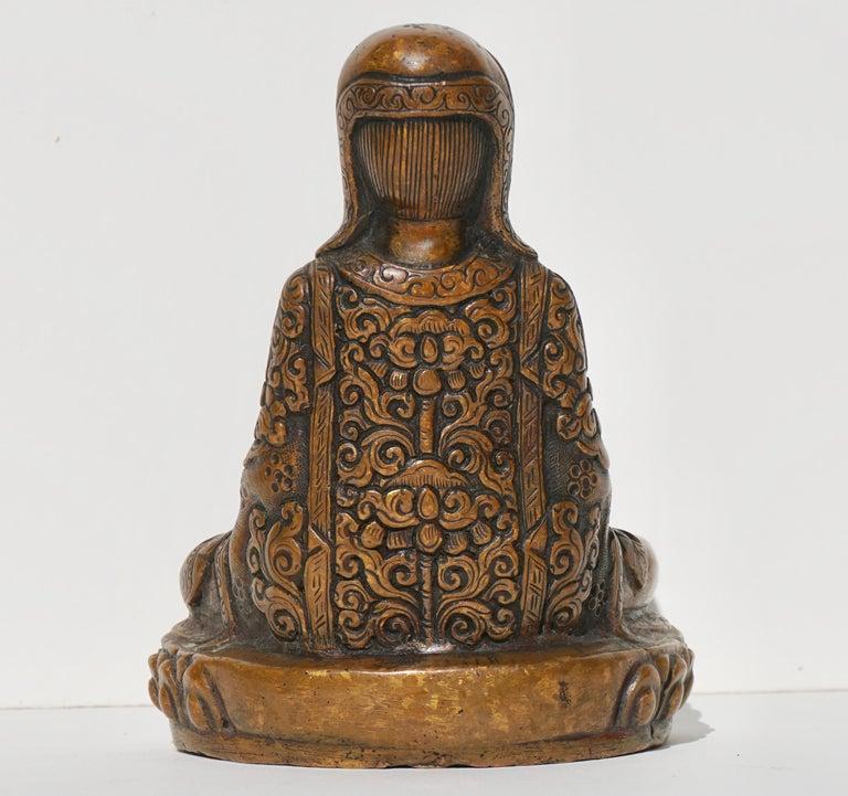 18th- 19th Century Tibetan Copper Alloy Bronze Lama Buddha with Silver Inlay In Good Condition For Sale In Dallas, TX