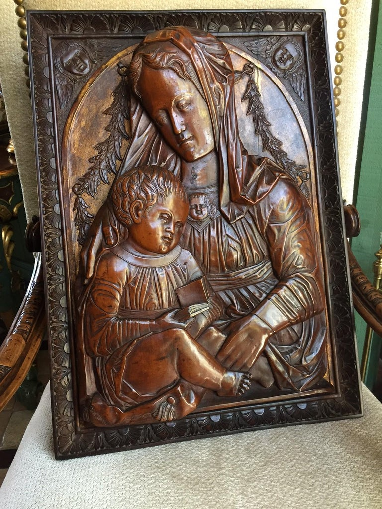 Carved Fruitwood Plaque of Virgin and Child Madonna, after Donatello Sculpture For Sale 2